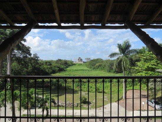 Hotel & Bungalows Mayaland: vista para o observatório maia