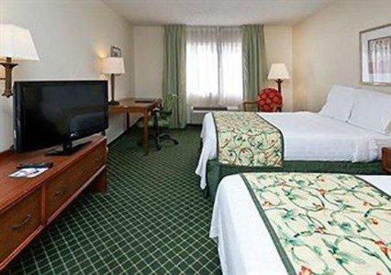 Quality Inn & Suites Birmingham Highway 280: Guest room
