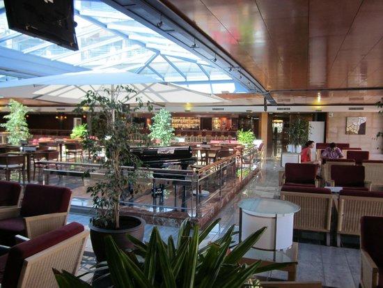 Aqua Hotel Onabrava & Spa : Centrale hal