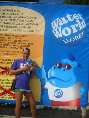Water World: tabellone pubblicitario