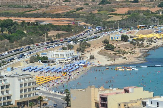 Mellieha Beach: Plenty of sun beds at 10 euros a day