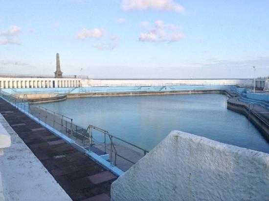 Jubilee Pool: lovely old pool