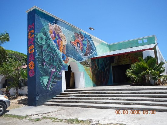 The Royal Cancun All Suites Resort: Just one Mural in Isla Mujeres Downtown