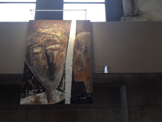 Cathedrale de la Treille: IV Estação: Jesus encontra a sua Mãe