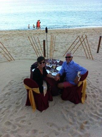 Villa La Estancia: Romantic Beach Dinner for Two