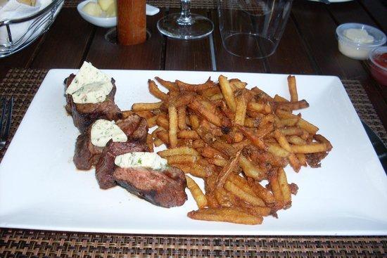 Manoir Rouville-Campbell: Bavette / fries