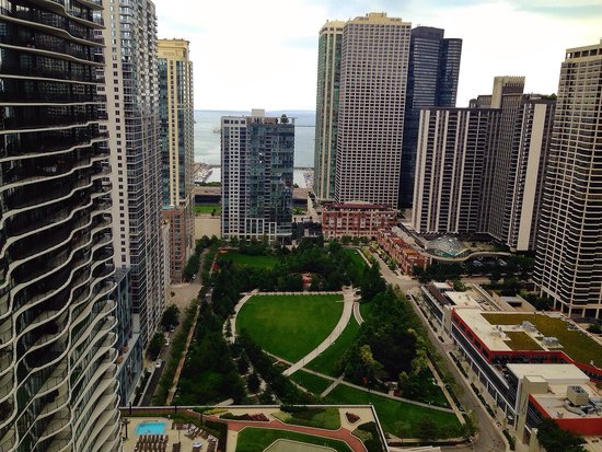 Fairmont Chicago Millennium Park: View from room 3020