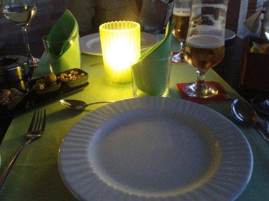 Hotel La Bastida: Mesas muy romanticas