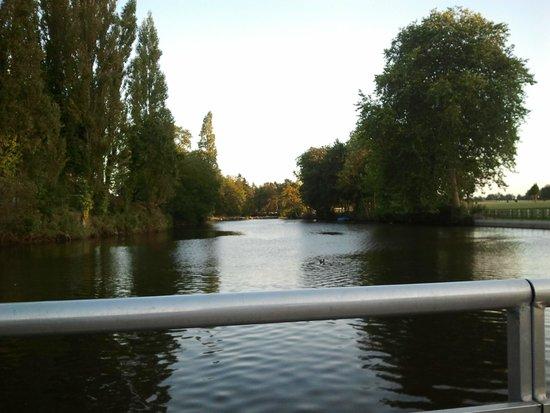 Les Ormes, Domaine & Resort: Lac du parc