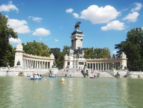Emperador Hotel Madrid: Retiro Park