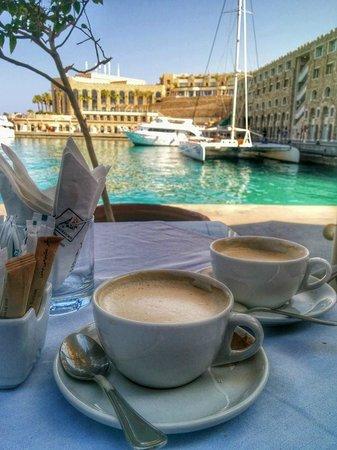 Citadel Azur Resort: Mozart Caffe