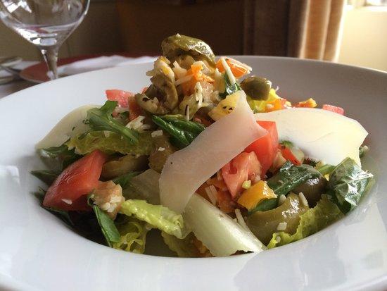 Emeril's Delmonico: Guappo Salad