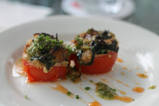 Columbus Food Adventures: Roasted tomato from G Michaels