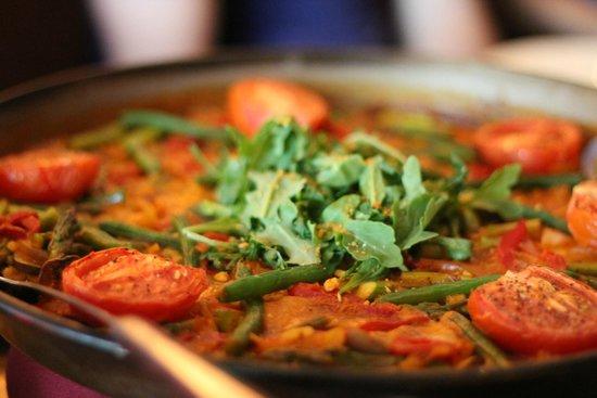 Columbus Food Adventures: Paella from Barcelona