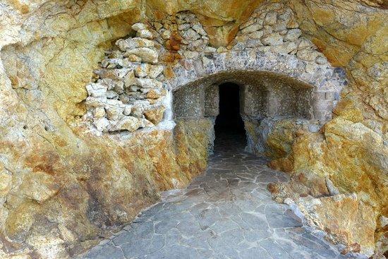 Hotel Hermitage -- Portoferraio: ingresso tunnel