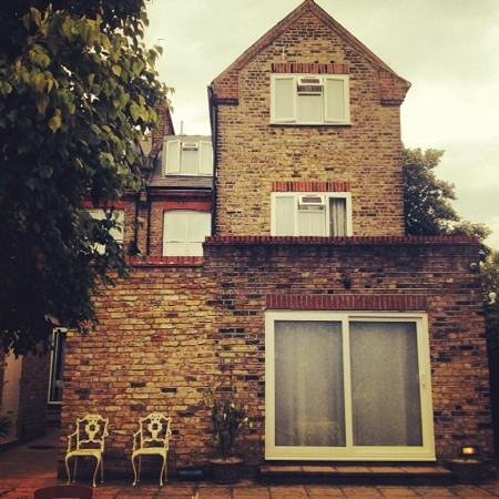 Best Western Chiswick Palace & Suites: garden