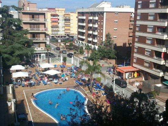 Hotel Bon Repos: вид с 4 этажа