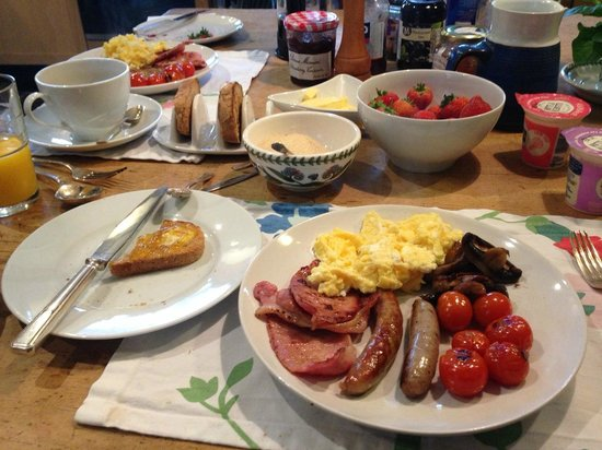 Glan Clwyd Isa: Hugh's enormous breakfast kept us going all day!