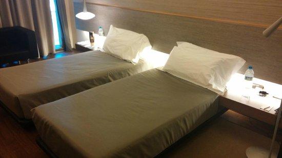 B-Hotel: Chambre twin.