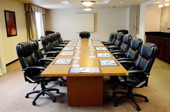 BEST WESTERN PLUS Milwaukee Airport Hotel & Conference Ctr.: Your Executive Needs