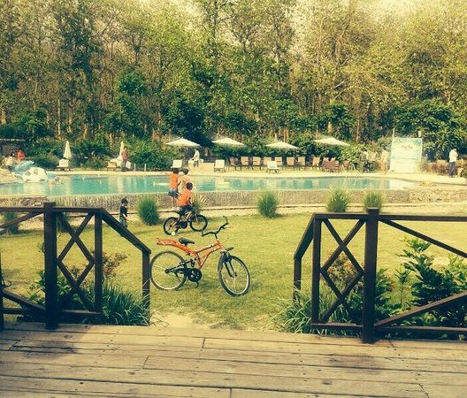 Aahana the Corbett Wilderness: Cycles available on the resort to ride around