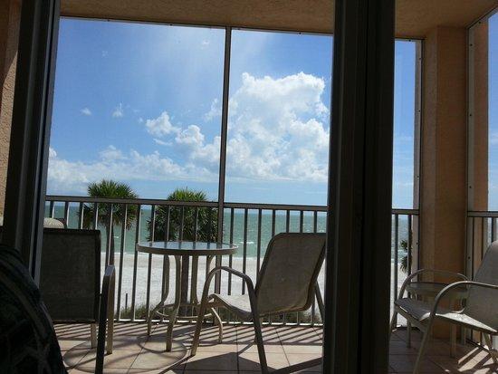 Cornerstone Beach Resort: View from the living room. Amazing-everyday!