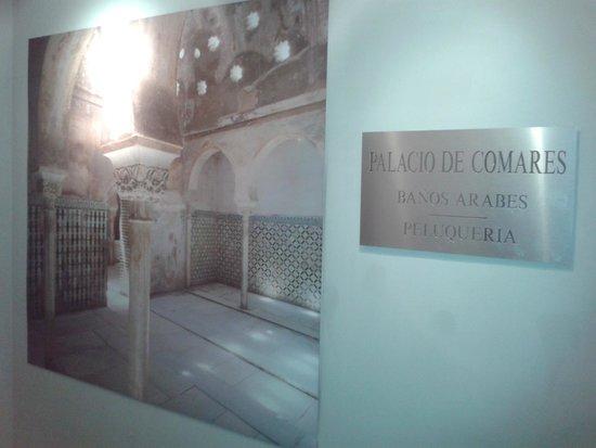 Hotel Macia Real de la Alhambra: Entrada a los baños árabes