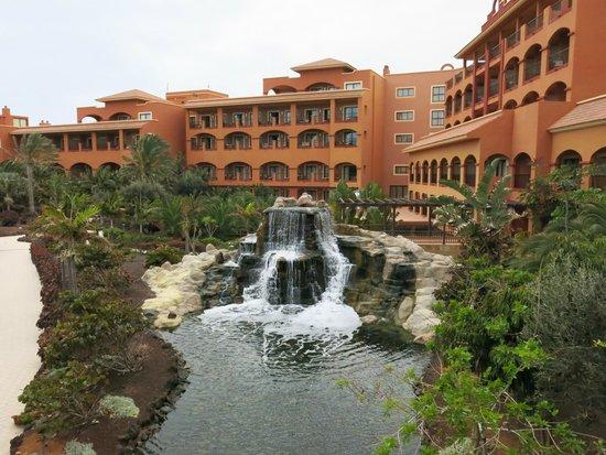 Sheraton Fuerteventura Beach, Golf & Spa Resort : Ausblick Lobby