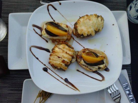 Blau Punta Reina Resort: Tapas spagnola...