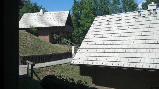 Poljsica pri Podnartu, Słowenia: Außenbereich