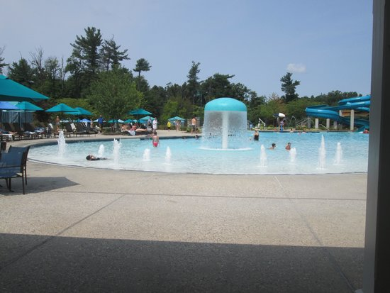 The Hotel Hershey: Outdoor Pool