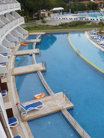 Ephesia Holiday Beach Club : chambre familiale avec piscine privative