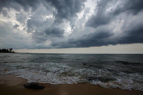 Tanjong Jara Resort: Storm after a sunny day at Tanjong Jara