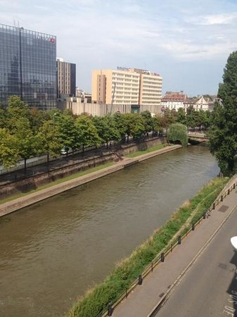 Ibis Styles Strasbourg Centre Petite France : view from our room