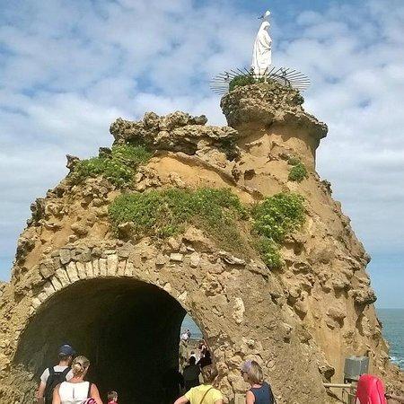 Rocher de la Vierge: La Roca de la Virgen en Biarritz (Francia).