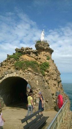Virgin on the Rock: La Roca de la Virgen de Biarritz