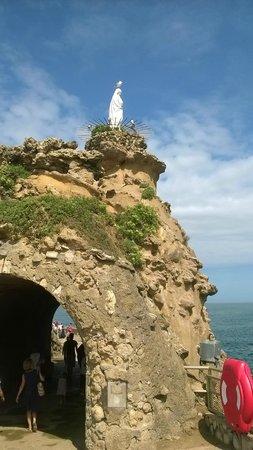 Virgin on the Rock: La Virgen sobre la Roca. Biarritz.