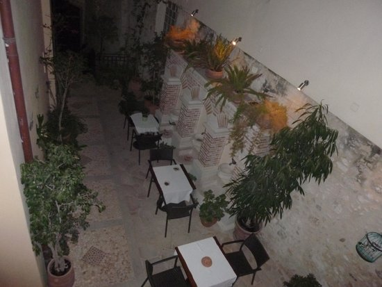 Casa Moazzo Suites & Apartments : Le coin petit déjeuner