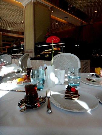 Rixos Downtown Antalya: At breakfast
