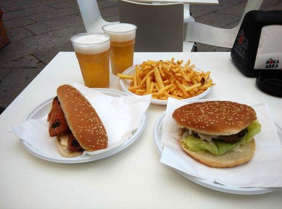 La Gran Guardia : Hamburger Hotdog e patatine fritte