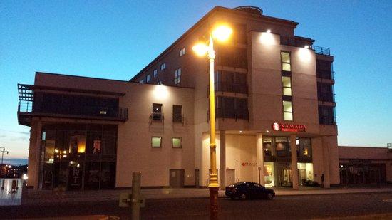 Ramada Plaza Southport: The Ramada Plaza at night (the main entrance)
