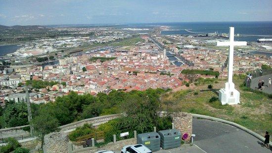 Mont St-Clair : Belle vue de Sète en haut du mont saint clair