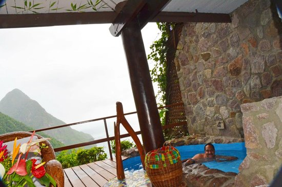Ladera Resort : Pool in the room