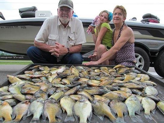 Weiss lake lodge weiss lake crappie guides picture of for Crappie fishing in alabama