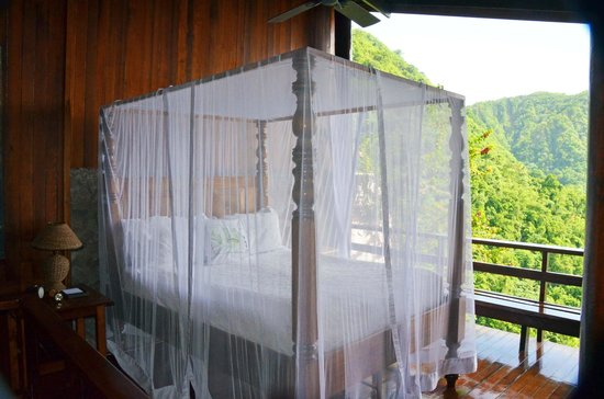 Ladera Resort : bedroom view on arrival
