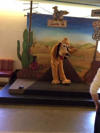 Disney's Hotel Santa Fe: Pluto near the kids corner