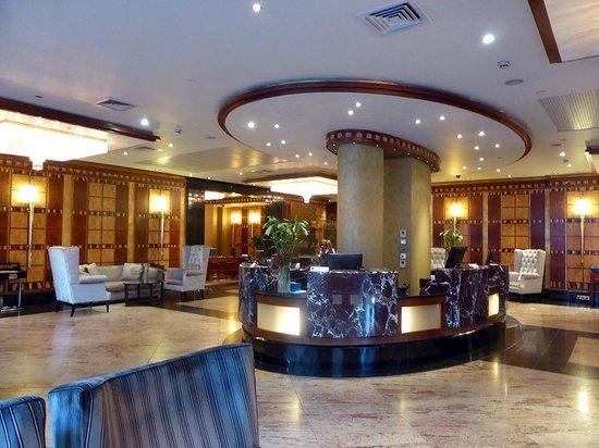 Grange City Hotel: le hall