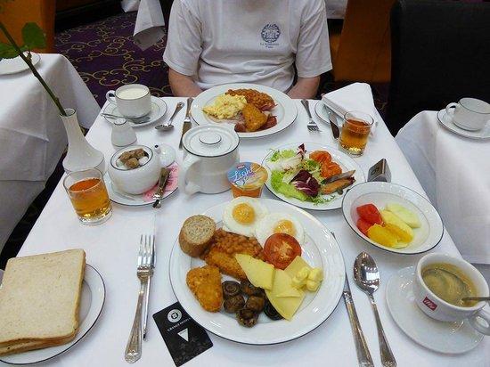 Grange City Hotel: le petit déjeuner