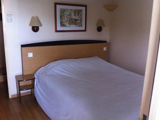 Campanile Nimes Centre - Mas Carbonnel : Camera dell'hotel