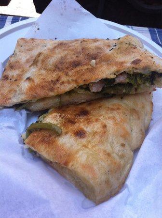 Pizzeria Donna Stella: Broccoli e salsiccia